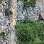 Viko Canyon, Pfad im Fels
