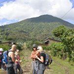 Vulkan Mt. Bisoke und Ihre Besteiger